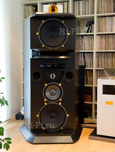 Hifisentralen Hifi Speakers, Hifi Stereo, Hifi Audio, Sound Room, Car Audio Systems, At Home Movie Theater, Tech Toys, High End Audio, West Lake