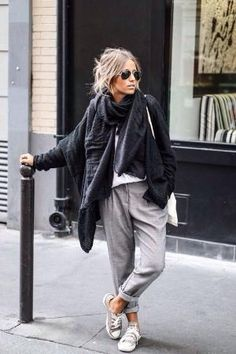Camille Callen wears stylish grey slacks with converse and chunky scarf. Camille Callen wears stylish grey slacks with converse and chunky scarf. Look Fashion, Street Fashion, Fashion Clothes, Fashion Outfits, Womens Fashion, Sneakers Fashion, Fashion Ideas, Fashion Trends, Trendy Fashion