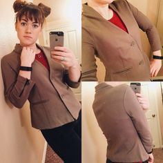 Alexander Wang blazer Medium grey Alexander Wang blazer. Super soft and great quality, this jacket feels like it's never been worn. It is made of a thick stretchy material that has great structure and is actually quite warm! I normally wear a small and this definitely fits like a true medium. offers welcome but no low balls please! no trades or off-posh selling bundle 2+ items and get 20% off! sometimes this changes a bit so keep an eye out for better deals ❤️ Alexander Wang Jackets & Coats…