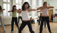 ¿Sabías que...? La salsa, el hip hop, la danza del vientre y la capoeira son los mejores bailes para adelgazar.