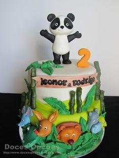 Doces Opções: Bolo de aniversário dos gêmeos com o Panda e os am... Yoshi, Iris, Baby Boy, Decoration, Cake, Character, Design, Panda Cakes, Panda Birthday Party