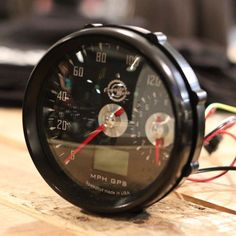 Cognito Moto GPS Speedo and small Tach - Cafe Racer Custom Motorcycles, Custom Bikes, Cars And Motorcycles, Buell Motorcycles, Custom Choppers, Vintage Motorcycles, Custom Cars, Cafe Racer Parts, Cafe Racer Build
