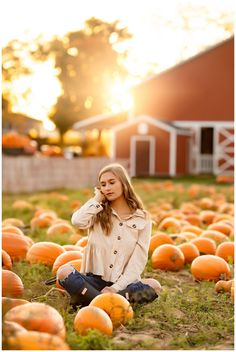 Elisabeth Anne Photography - North Canton OH Senior Photographer Cute Senior Pictures, Senior Photos Girls, Fall Senior Pics, Fall Pictures, Autumn Photography, Photography Poses, Pumpkin Patch Photography, Pumpkin Patch Pictures, Senior Photo Outfits