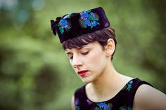 Chic velvet hat for special occasions by bimabejbe by bimabejbe, €55.00