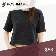 final sale⚠️Madewell raw-edge crop sweatshirt Cropped at exactly the right just-below-the-bellybutton spot, this raw-edged sweatshirt is the perfect pair to one of our high-waisted skirts (or, naturally, your favorite pair of jeans).    Cropped. Cotton/poly. Hand wash.   ⚠️ Final price no offers - bundles will receive discount ⚠️ Madewell Tops