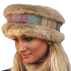 Tweed, Faux Fur, Winter Hats, The Originals, Color, Ideas, Fashion, Colour, Moda