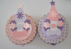 Latinha Mint To be Circo Menina Disponível em várias estampas e cores Palhacinho em scrapbook Cianinha e botão decorativo Tamanho 7x2   ***PEDIDO MINIMO DE 20 UNIDADES R$4,00