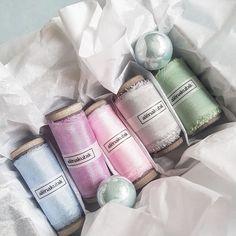 Нежнейшие конфетки всегда доступны для заказа на сайте alenakubik.ru #alenakubik #silkribbon #silkribbons #шелковыеленты