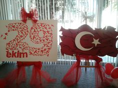 Indonesian Independence, Graduation Party Themes, Christmas Crafts For Kids, Art Therapy, Independence Day, Art Education, Art Lessons, Art For Kids, Red And White