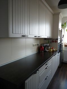 Poradca: Jana Smatanová kuchyňa Lada Kitchen Cabinets, Home Decor, Decoration Home, Room Decor, Cabinets, Home Interior Design, Dressers, Home Decoration, Kitchen Cupboards