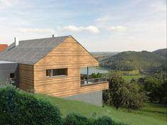 Building Design, Building A House, Garden Lodge, Upside Down House, Gable House, Tiny House, Modern Barn House, Hillside House, Steel House