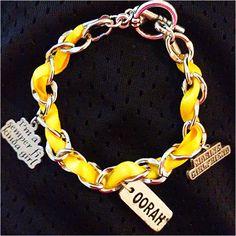 Marine girlfriend bracelet @Jami Ward i know you are a marine and a marine wife but still neat