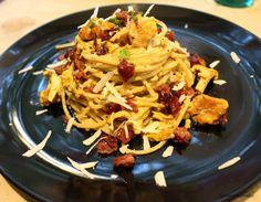 Ugolinon Seikkailut: SYKSYINEN KANTTARELLIPASTA PARMESAANIKREEMISSÄ Pasta, Ethnic Recipes, Food, Hoods, Meals, Noodles, Ranch Pasta, Pasta Dishes