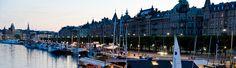 Stockholm er Sveriges hovedstad. Stockholm består af 14 øer, forbundet af 56 broer og bliver kaldt for nordens Venedig.