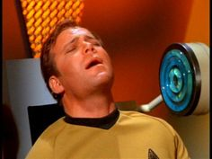 "Bizarre Song Cover: William Shatner's ""Mr Tambourine Man"""