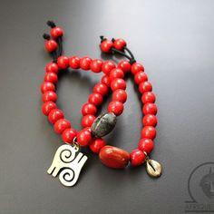 Afriquelachic - Accra Adinkra Wood Beaded Bracelet Set