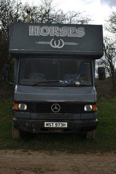 Details About Mercedes 811D Horse Box Truck