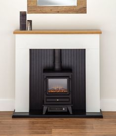 ELECTRIC FIRE STOVE OAK MANTLE WHITE AND BLACK FIREPLACE SURROUND FREESTANDING‏