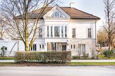 Nymphenburg/Gern: Lichterfüllte 5-Zimmer-Maisonette-Wohnung mit sonniger Dachterrasse in grüner Bestlage Details: http://www.riedel-immobilien.de/objekt/2849