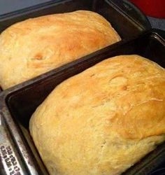 An Easy Homemade Bread Recipe — Just Five Ingredients INGREDIENTS: 2 Cups of Warm Water 2/3 Cup Honey 1 3/4 Tablespoons Active Dry Yeast 1 1/2 Teaspoons Salt 6 Cups Bread Flour DIRECTIONS: 1-In a large mixing bowl, whisk together warm water and