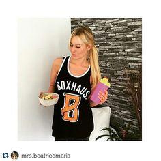 #Repost @mrs.beatricemaria ・・・ Nach dem Workout Kräfte tanken für einen super Abend in Krakow. Ich kann die Stadt für Citytrips sehr empfehlen! #polen #poland #polska #krakau #krakow #city #citytrip #work #model #fitnessmodel #fitnessaddict #boxhaus #boxhausbrand #queenfit #modelsquad #mcfitmodels #supplements #protein #yummi #health