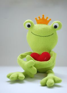 Free Pattern: Ferdinand The Frog