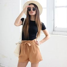 15 high-waisted shorts for the summer - Outfit Mode - Outfit Con Short, Short Outfits, Outfits For Teens, Trendy Outfits, Cute Summer Outfits, Spring Outfits, High Waisted Shorts Outfit, Mode Outfits, Fashion Outfits