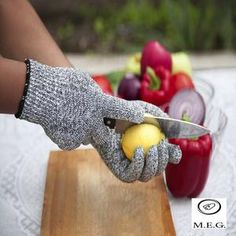 Level 5 Protection, Food Certified, Safty Gloves for Hand protection and yard-work, Kitchen Glove for Cutting and pair (Large) Japanese Steakhouse, Kitchen Gloves, Temporary Hair Dye, Safety Gloves, Protective Gloves, Teppanyaki, Cooking Supplies, Home Protection, Level 5