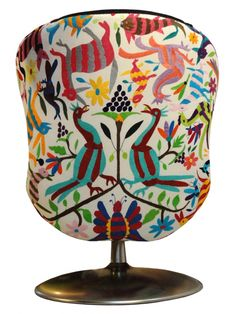 upholstery with Mexican Otomi embroidered tenangos