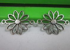 wholesale 20/60pcs Retro style flowers alloy bracelet charm Connectors 25x18mm…