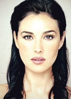Monica Bellucci Thanks for the follow. If you have a minute pls like my FB page https://www.facebook.com/WhitesandsSecretGarden or add me on twitter https://twitter.com/AsksNot