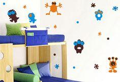 Regálale a tu hijo un cuarto donde pueda echar a volar su imaginación con este grandioso vinil.