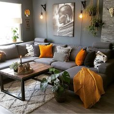 7 prachtige kleurencombinaties in huis 7 beautiful color combinations at home - Everything to make y Living Room Orange, Living Room Grey, Living Room Interior, Home Living Room, Apartment Living, Living Room Designs, Interior Livingroom, Living Room Colors, Small Living Rooms
