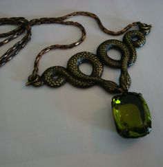 GREEN JEWELED SNAKE Necklace, Great Unique Chain, Quality Many Faceted Olivine German Jewel