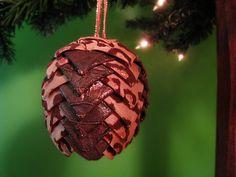 Cheetah print holiday ornament by @kikiverde on Etsy. $20 #christmas #ornament #decoration #gift #handmade