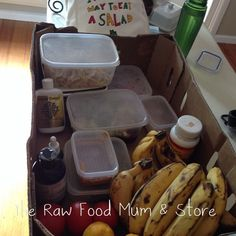 How to be raw when travelling? Pack your own food and take it with you until you can get some fresh supplies! We packed salad, our sauerkraut, sprouts, salt,spirulina, fruit and bits and pieces! #travellingraw #rawfoodshare #rawfood