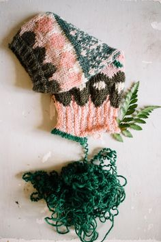 MUITAIHANIASYYSSUKAT ALUSTA LOPPUUN – MUITA IHANIA Knit Crochet, Winter Hats, Socks, Sewing, Knitting, Crocheting, Diy, Fashion, Crochet