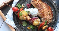 Trött på de klassiska pasta - och potatissalladerna? Servera spett med grönsaker till grillat istället, det är så gott! SmartPoints per portion: 10