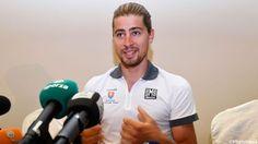 """Peter Sagan is zondag in Qatar de titelverdediger op het WK wielrennen. De Slovaak zegt zonder stress aan de start te komen. """"Mijn seizoen is al goed."""""""