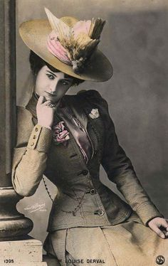 Victorian Taxidermy Animal Hats: Photos Of Victorian Women Wearing Taxidermy Hats 1900s Fashion, Edwardian Fashion, Vintage Fashion, Victorian Hats, Victorian Women, Belle Epoque, Mode Vintage, Vintage Ladies, Style Édouardien
