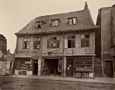 An old house, Palace Yard, Lambeth, This photograph was commissioned by the Society for Photographing Relics of Old London to form par. Victorian London, Vintage London, Old London, Victorian Era, Victorian Street, South London, London Life, London Street, London Pictures