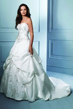 Alfred Angelo Wedding Dresses  Gowns OK this is the one I want too! I guess I have to just try them all on huh?