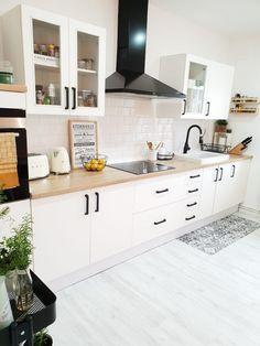 La Casa De Estilo Nordico Vintage De Letdecora Blanco Y De Madera Diseno De Interior Blanco Diseno Muebles De Cocina Estilos De Decoracion De Interiores
