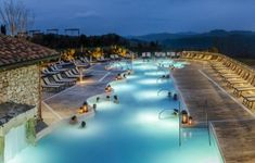 terme a Siena Roman Bath Spa, Like A Local, Siena, Hot Springs, Tuscany, Fresh Water, Pond, Swimming Pools, To Go