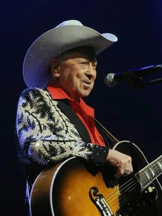 Chatter Busy: Grand Ole Opry Star Little Jimmy Dickens Dead At 94