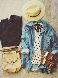I love this look, it's my style! Jean jacket, spring/summer look!