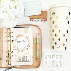 Kate Spade Planner & good polka dot mug accents
