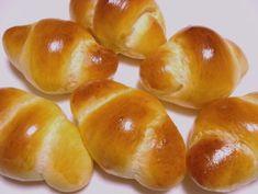 バターロール バターロールの作り方 バターロールレシピ~毎日食べたいパン屋さんのレシピ Sweets Recipes, Pretzel Bites, Hamburger, Breads, Butter, Food, Bread Rolls, Essen, Bread