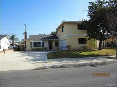 520 North FLORHAM Avenue, San Dimas, CA 91773 only $425,000! Amazing 3 Bed 3 Bath home with a pool! Main floor master bedroom, upstairs master bedroom, separate living room and family room, 2 fireplaces! Must see! Bids are due 12/17/12 @ 9:59pm!