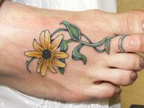 Black-Eyed Susan Flower Tattoo Design on the Foot is a part of Black Eyed Susan Tattoo gallery, and if you like this image you should take a look at Sunflower Foot Tattoos, Flower Tattoo Foot, Flower Tattoo Designs, Tattoos For Women Flowers, Foot Tattoos For Women, Tattoo Designs For Women, Black Tattoos, Cool Tattoos, Tatoos
